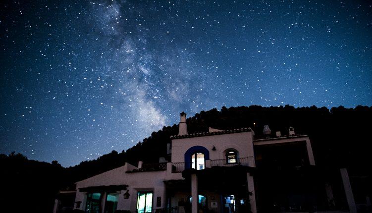 Cenas con estrellas. Astroturismo. Posada del Candil